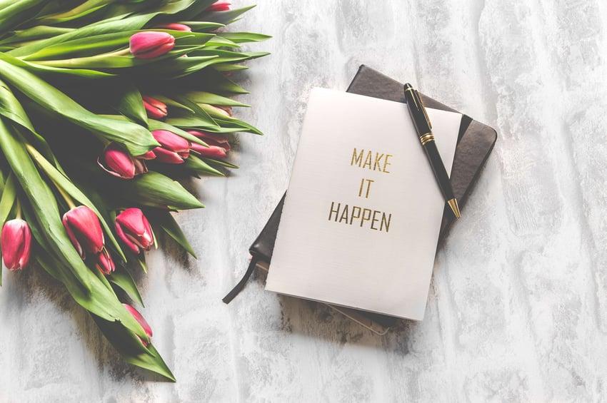 make-it-happen-book-with-black-stylus